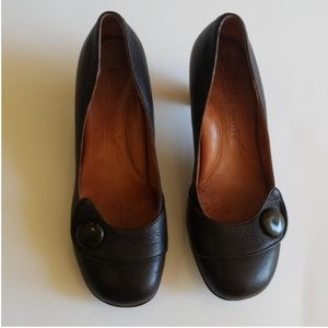 Gentle soul by Kenneth Cole pumps size 8.5